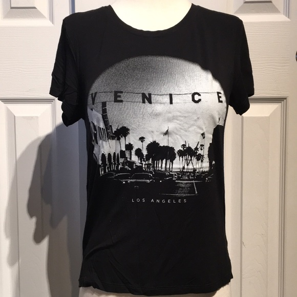 241601253 American Eagle Outfitters Tops - AMERICAN EAGLE Venice Los Angeles shirt